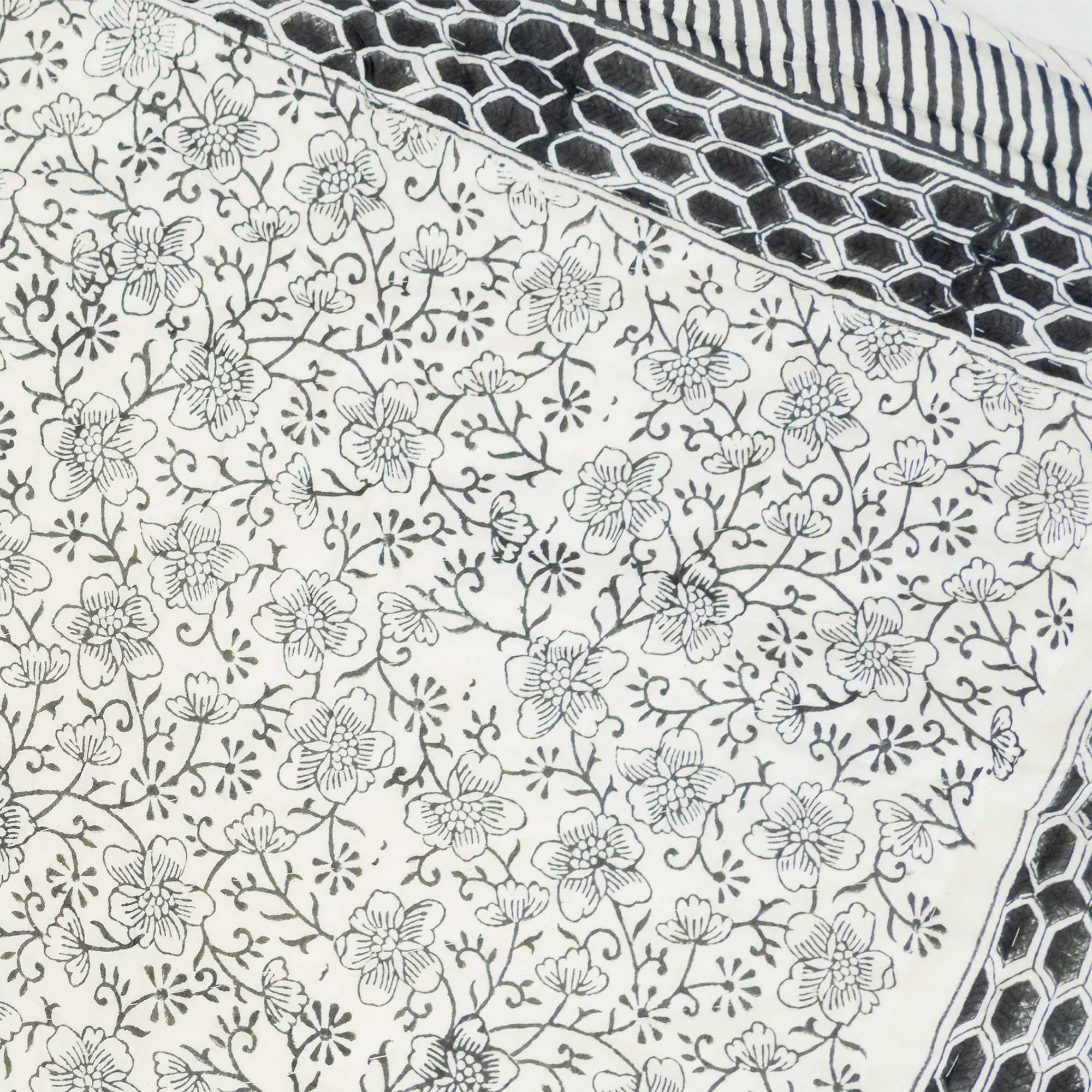 Tara-Textile - indische Decke - Leichte Decke Desna