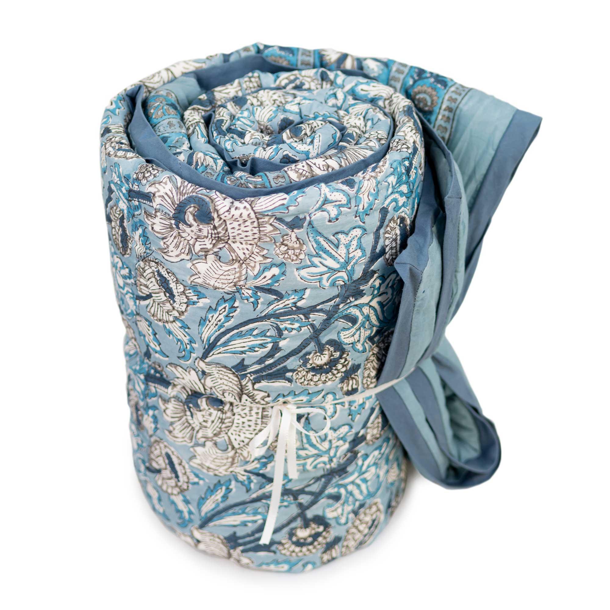 Tara-Textile - indische Decke - Kuscheldecke Ajala