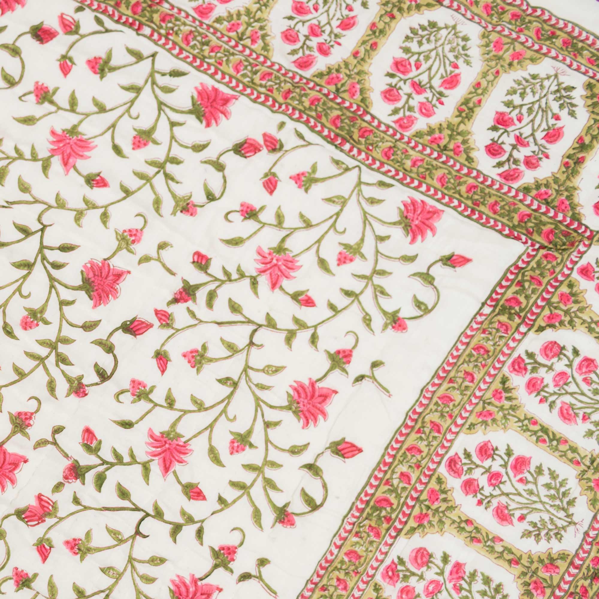 Tara-Textile - indische Decke - Kuscheldecke Dayita